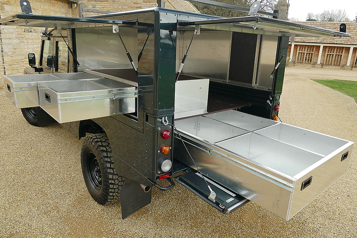 Land Rover Defender Usa >> Defender 130 CamelBAC with storage drawers