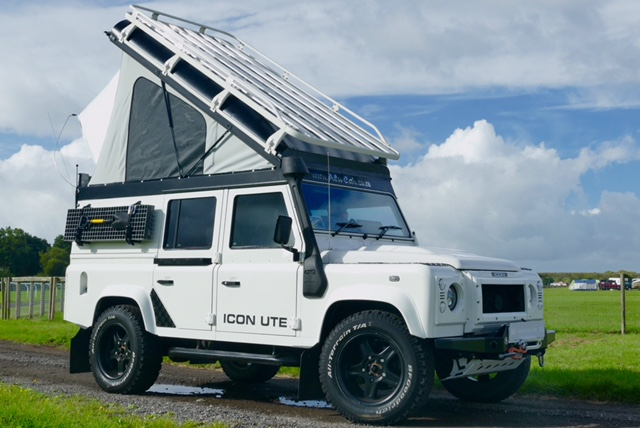 £6666 & Land Rover Defender 110 ALU-CAB Lift-Up Roof Conversion -