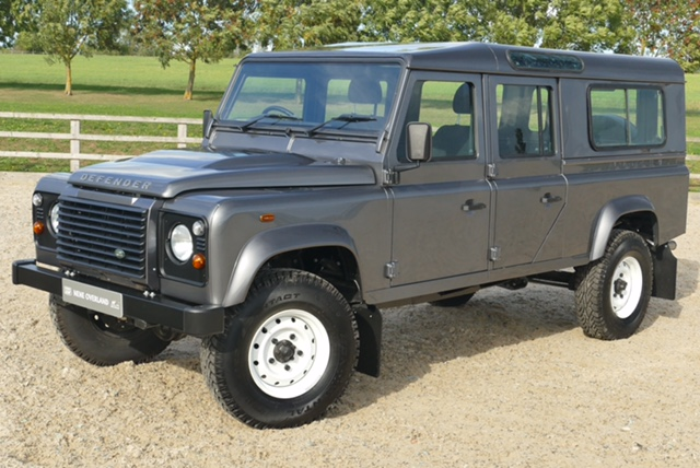 Land Rover Defender 130 TDCi Station Wagon -