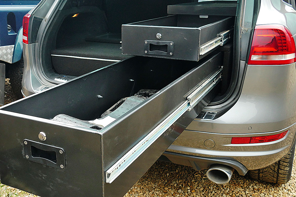 VW-Toureg-rear-drawers-5