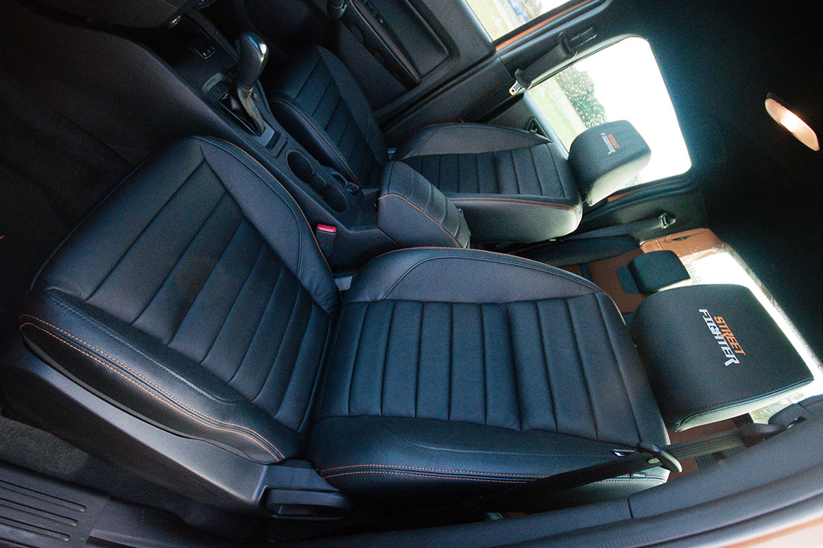 ford-ranger-interior-13