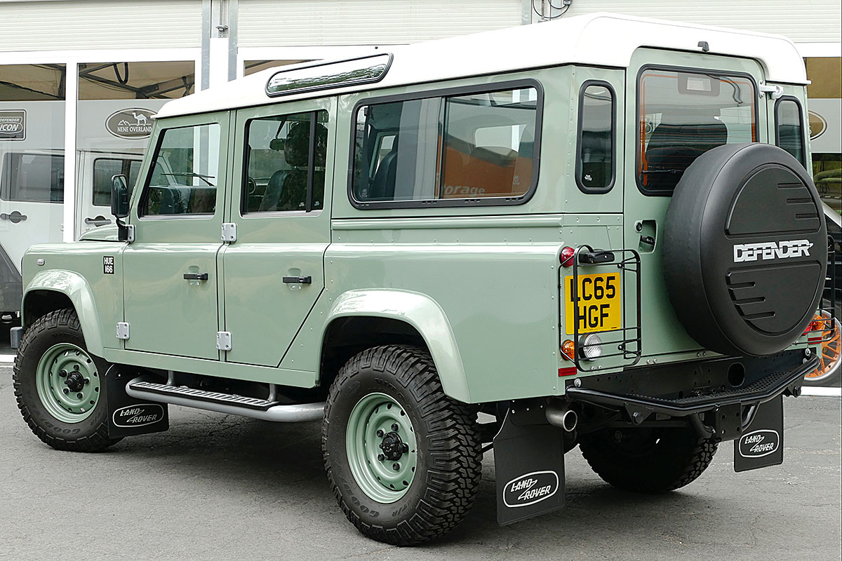 Land Rover Defender 110 2.2TDCi HERITAGE final edition -