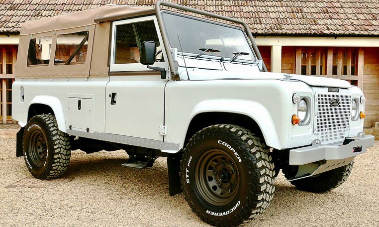 Land Rover Defender 110 2 5 n a USA Soft Top