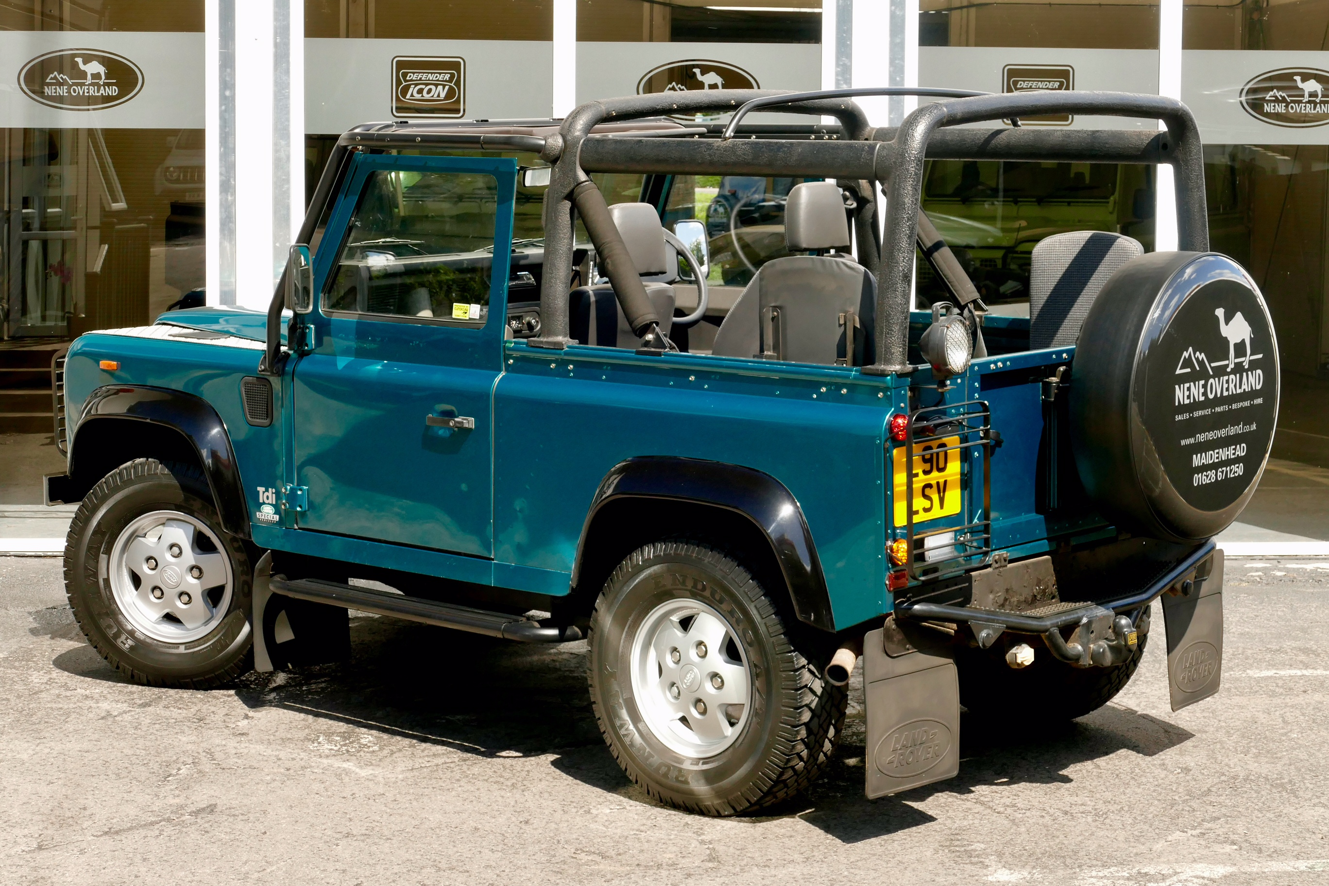 landrover auto is negotiable for land mauritius defender sale rodrigues rover price in
