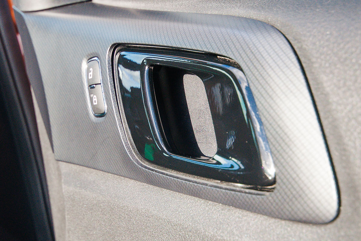 ford-ranger-interior-4